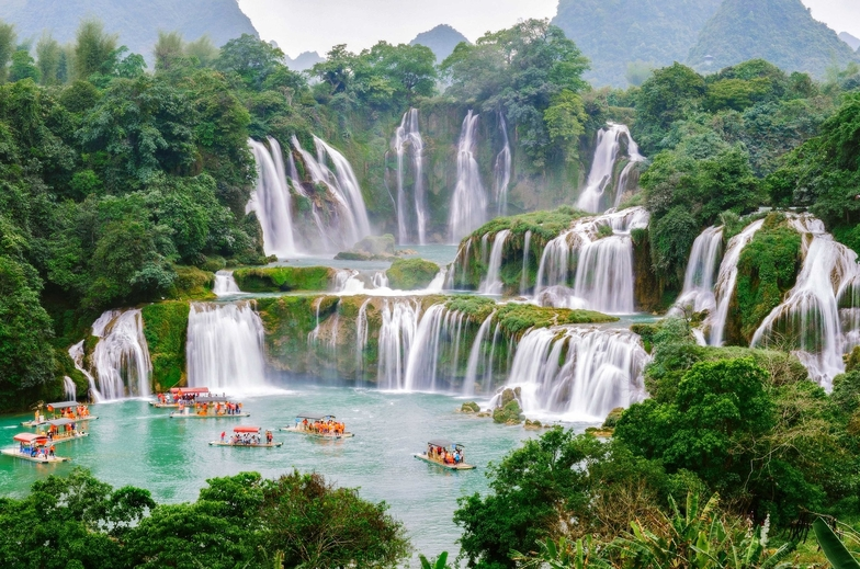 World's beautiful waterfalls